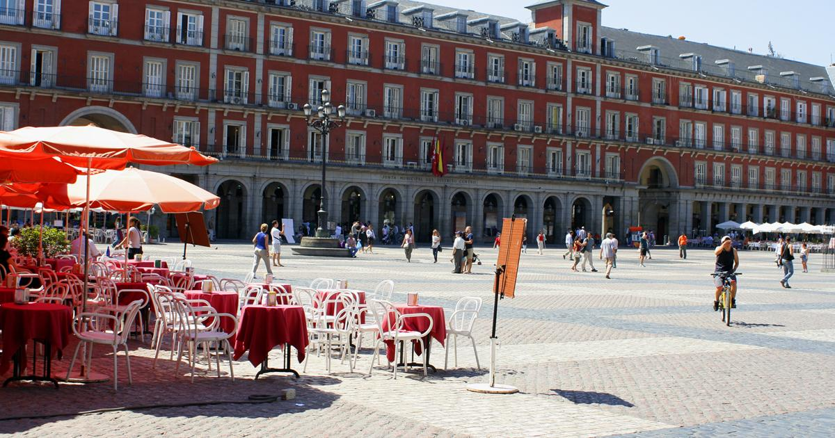 media-file-312-plaza-mayor-madrid-terraza-turismo.jpg