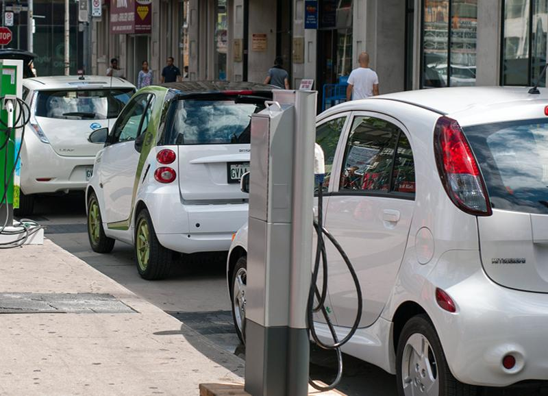 media-file-2028-anfac-vehiculos-hibridos-y-electricos.jpg